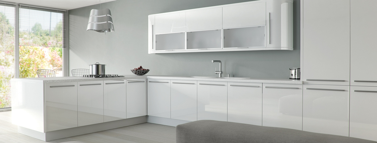 Zur Ultragloss White (Delivered within 7-12 working days)
